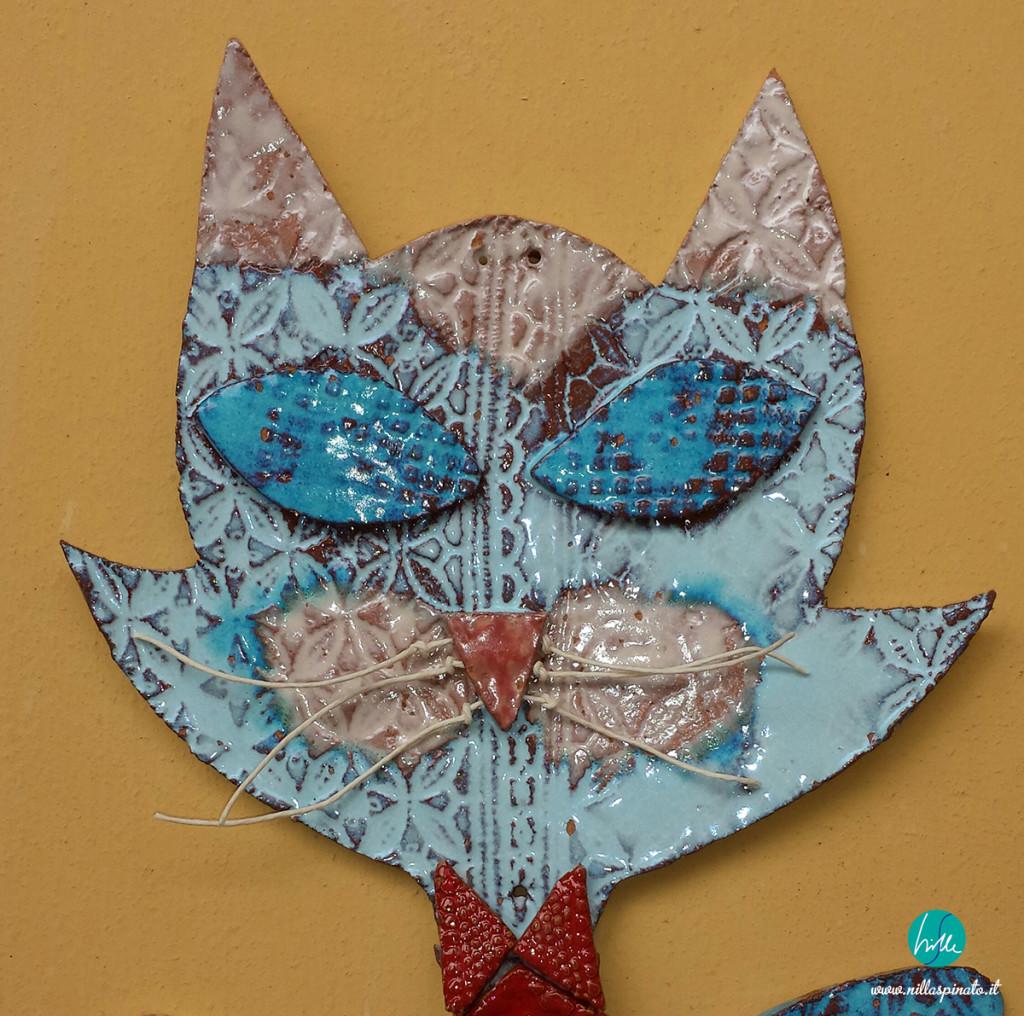 Gatto in argilla